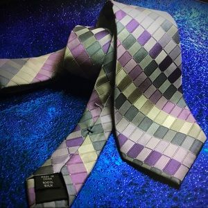 Kenneth Cole Reaction neck tie